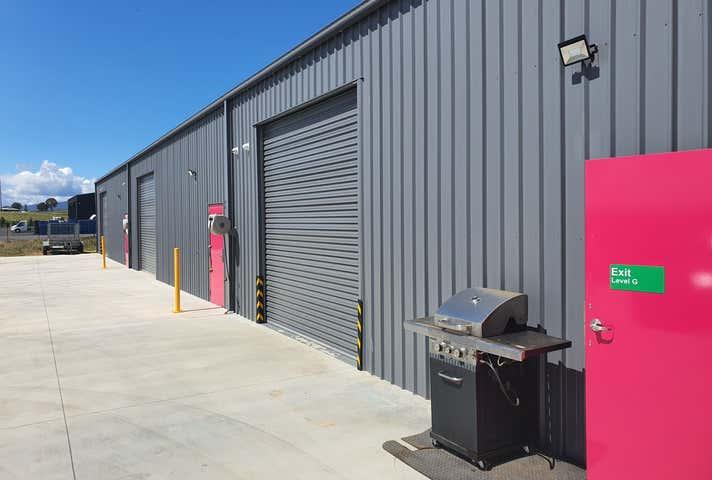 2/53 Hampden Park Rd Kelso NSW 2795 - Image 1