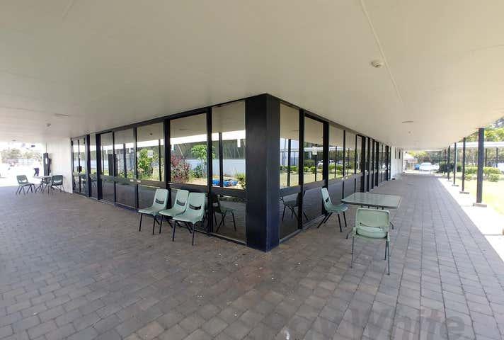30 North Road Wynnum West QLD 4178 - Image 1
