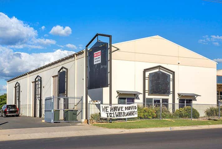 60 Dampier Street Tamworth NSW 2340 - Image 1