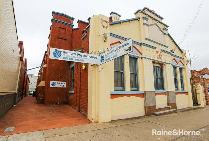195 Russell Street Bathurst NSW 2795 - Image 1
