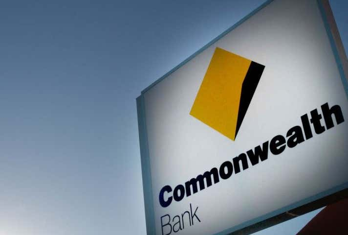 Commonwealth Bank Hamilton, 26 Racecourse Road Hamilton QLD 4007 - Image 1