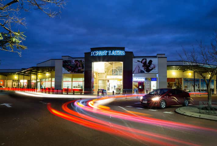 Forest Lakes Shopping Centre, 101 Forest Lakes Drive Thornlie WA 6108 - Image 1