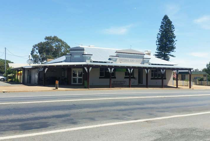 Top Town Tavern, 74 Neeld Street, Wyalong, NSW 2671
