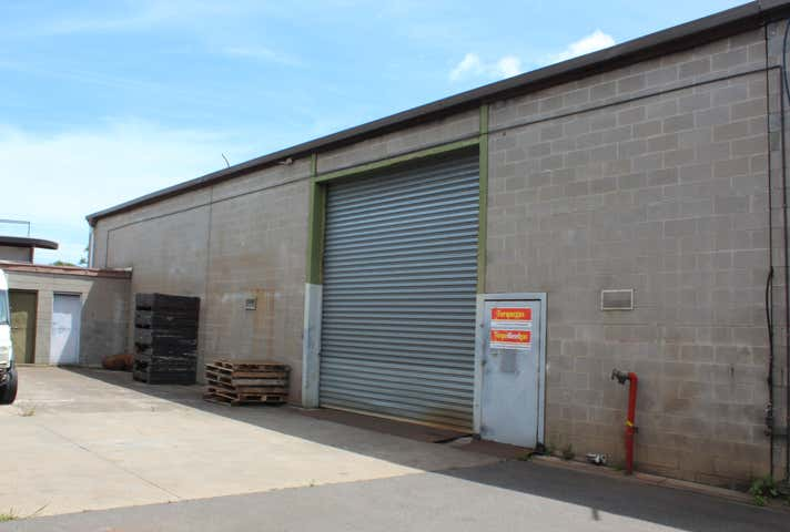 2/52 Commercial Road Morwell VIC 3840 - Image 1