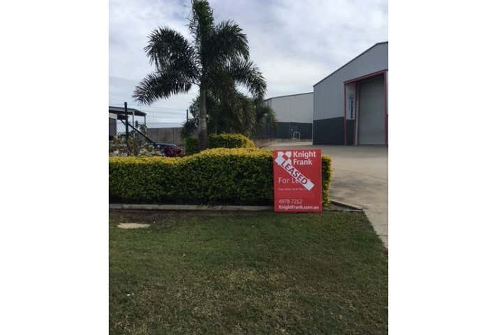 2/5-7 Roseanna Street Callemondah QLD 4680 - Image 1