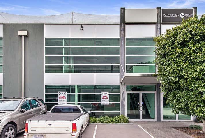32/3 Westside Avenue Port Melbourne VIC 3207 - Image 1
