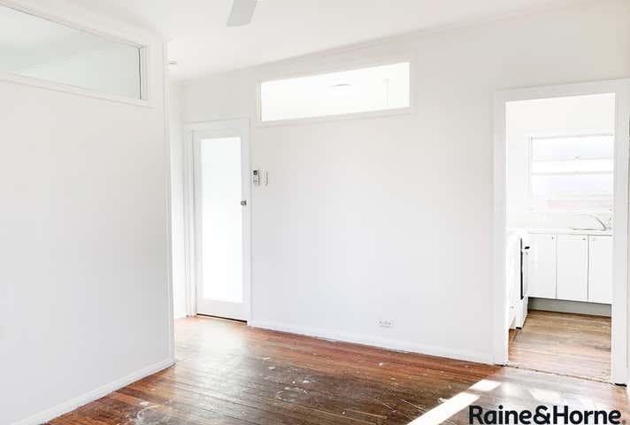 3/134 Wyong Rd Killarney Vale NSW 2261 - Image 1