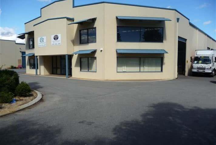 1/30 Paramount Drive Wangara WA 6065 - Image 1