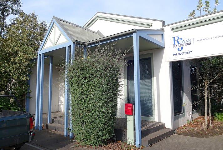 1/12 Langmore Lane, Berwick, Vic 3806