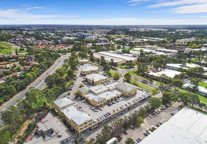 1/10 Gladstone Road Castle Hill NSW 2154 - Image 1