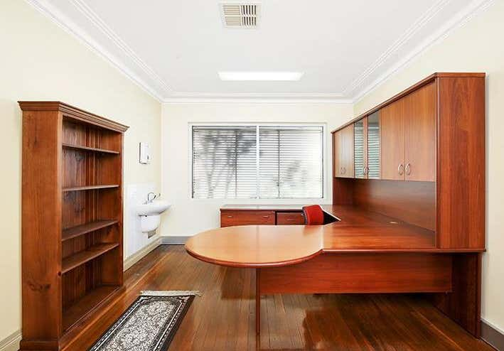 367-369 Mann Street North Gosford NSW 2250 - Image 10