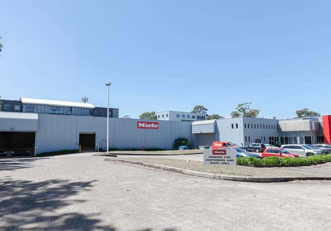 3 Skyline Place Frenchs Forest NSW 2086 - Image 4