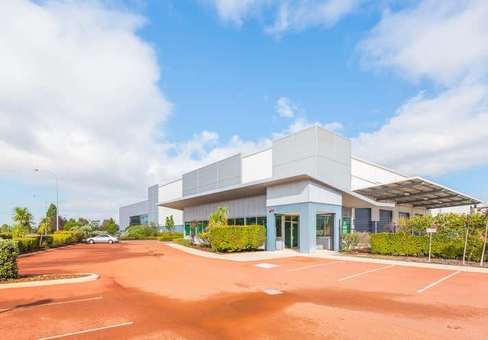 Unit 4, 58 Tarlton Crescent Perth Airport WA 6105 - Image 1