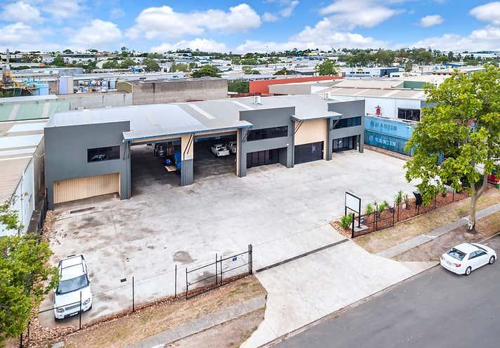 7 Neon Street Sumner QLD 4074 - Image 1