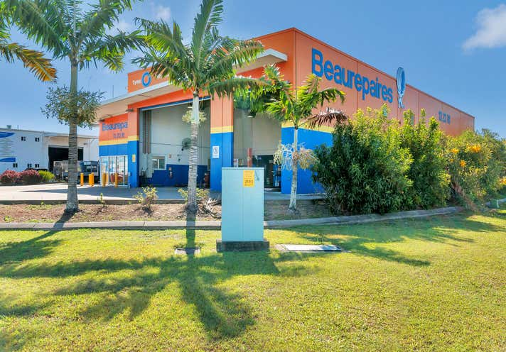 CORNER SOUTHERN ACCESS HIGHWAY, COMPORT , 54 Comport Street Cairns City QLD 4870 - Image 2