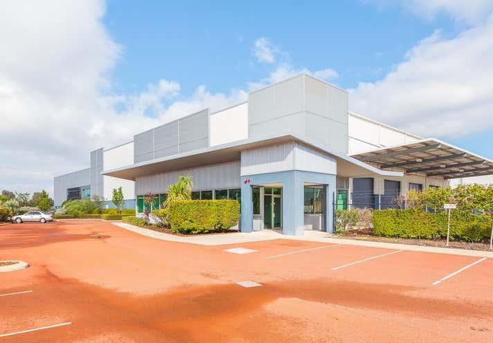 Unit 4, Unit 4, 58 Tarlton Crescent Perth Airport WA 6105 - Image 1