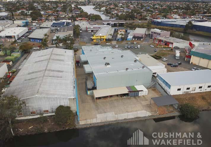 17 Strathaird Road Bundall QLD 4217 - Image 15
