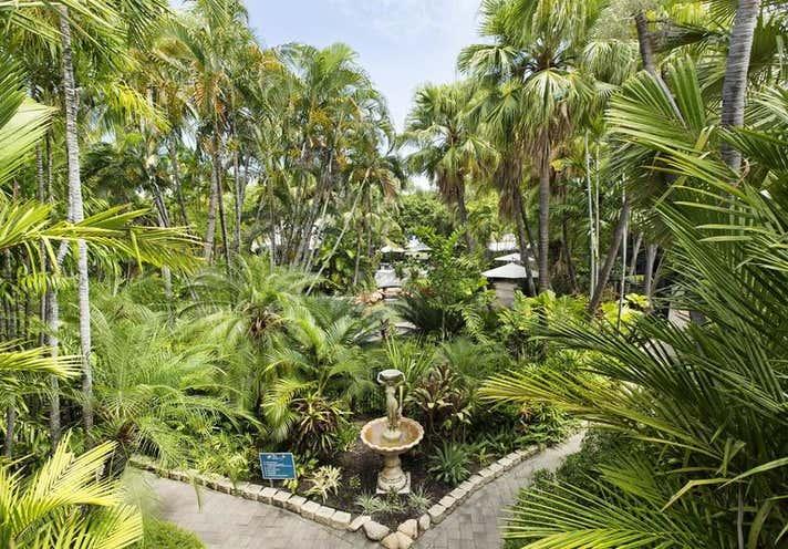 74 The Esplanade Belgian Gardens QLD 4810 - Image 8