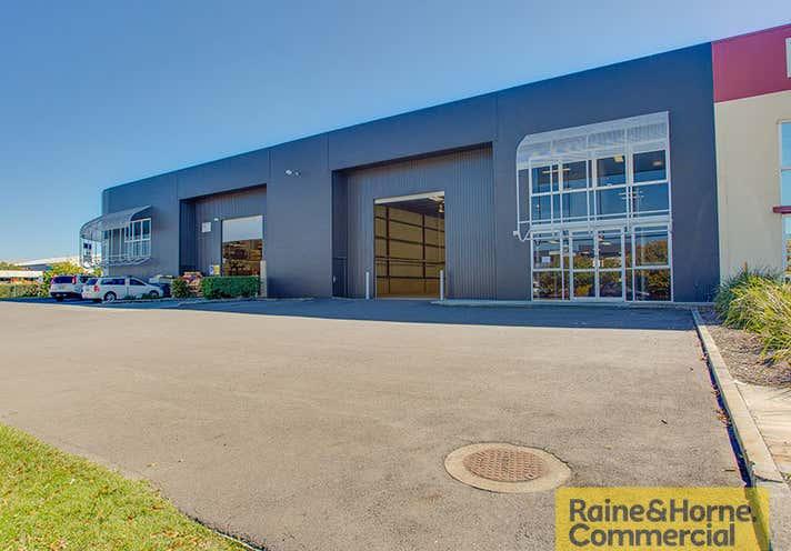 2/124 Beatty Road Archerfield QLD 4108 - Image 1