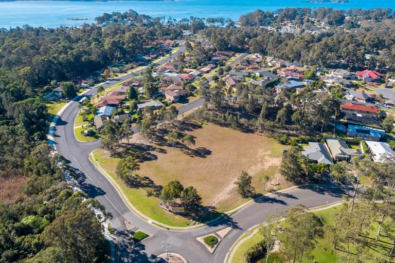 Single Level, 2-8 Cunningham Crescent Sunshine Bay NSW 2536 - Image 3