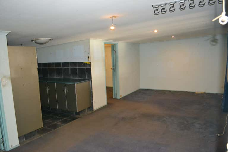 16/229 Brisbane Road Biggera Waters QLD 4216 - Image 4