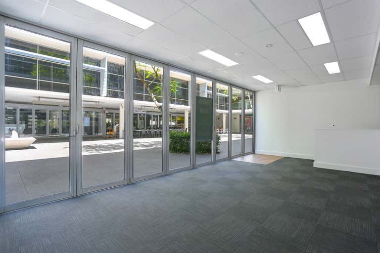 3/4 Hyde Parade Campbelltown NSW 2560 - Image 3