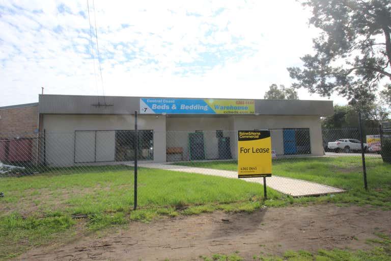 2 / 7 Tumbi Creek Rd Berkeley Vale NSW 2261 - Image 1