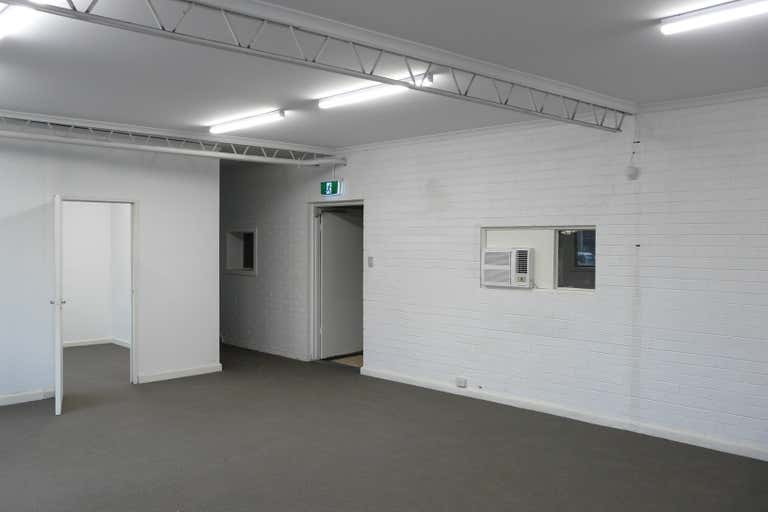 207 Roberts Road Airport West VIC 3042 - Image 4