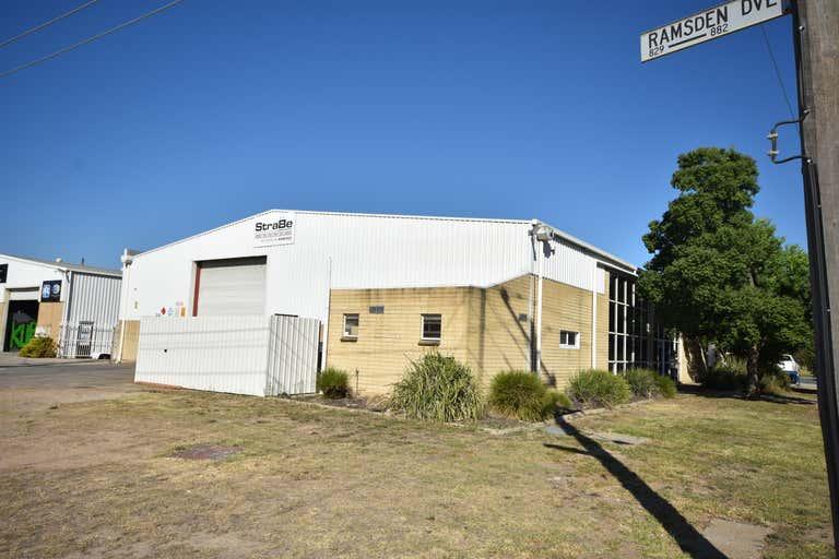 881 Ramsden Drive North Albury NSW 2640 - Image 4