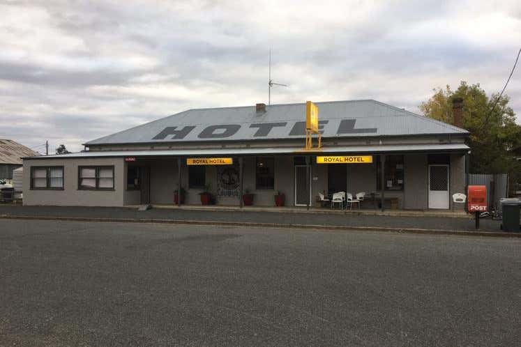 Royal Hotel, 1 Wyalang Street Caragabal NSW 2810 - Image 1