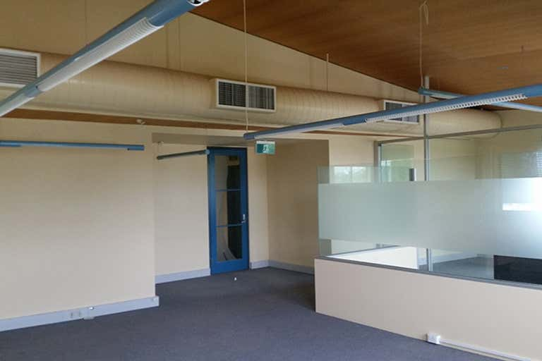 2/237 Bradman Avenue Maroochydore QLD 4558 - Image 3