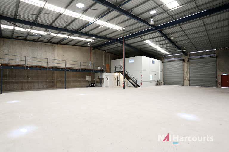 1/12 Combarton Street Brendale QLD 4500 - Image 1