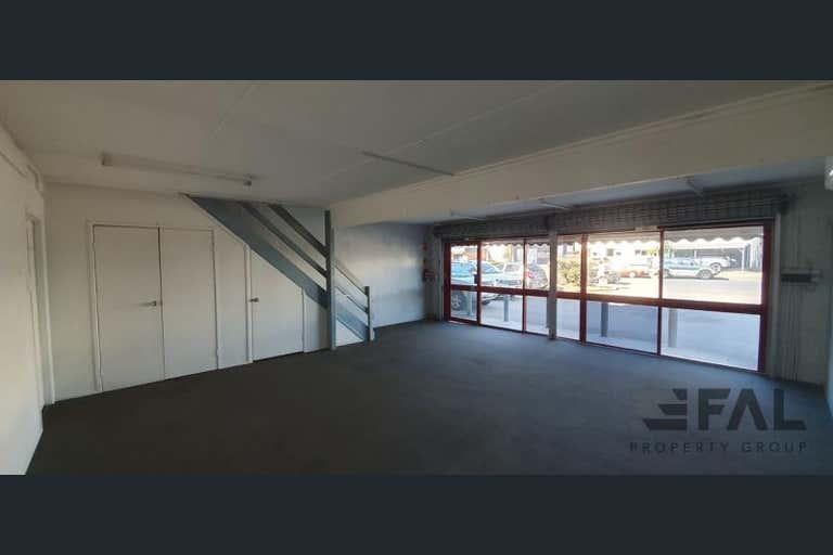 Unit  2, 18 Spine Street Sumner QLD 4074 - Image 3