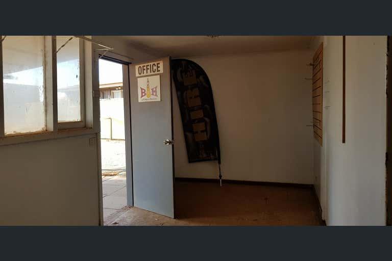 20 Pinnacles Street Wedgefield WA 6721 - Image 4