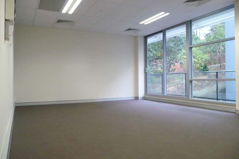 1211/4 Daydream Street Warriewood NSW 2102 - Image 2