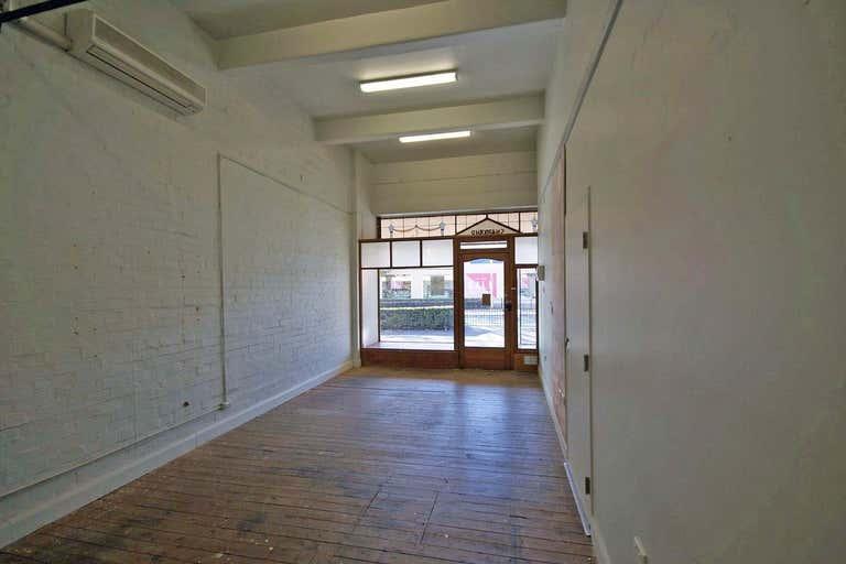 495a Swift Street Albury NSW 2640 - Image 3