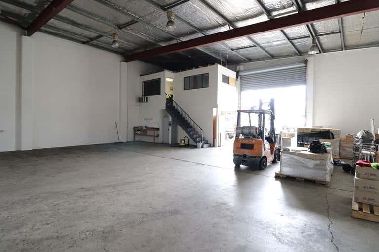 3/13 Brendan Drive Nerang QLD 4211 - Image 2