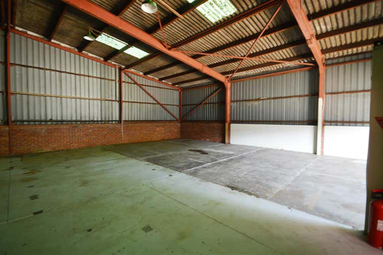 Unit 2/10-12 Robert Street Wickham NSW 2293 - Image 2