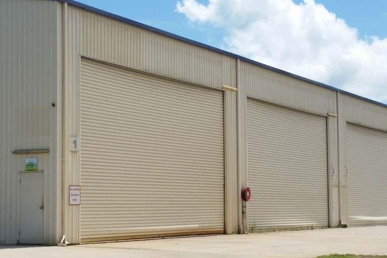 1/24 Carlo Drive Cannonvale QLD 4802 - Image 2