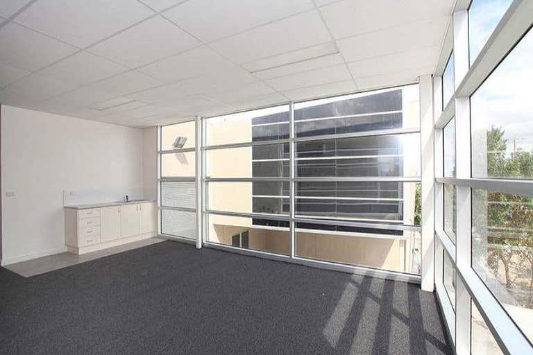 20 Louvain Street Coburg North VIC 3058 - Image 2