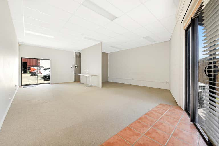 3/37 Project Avenue Noosaville QLD 4566 - Image 3