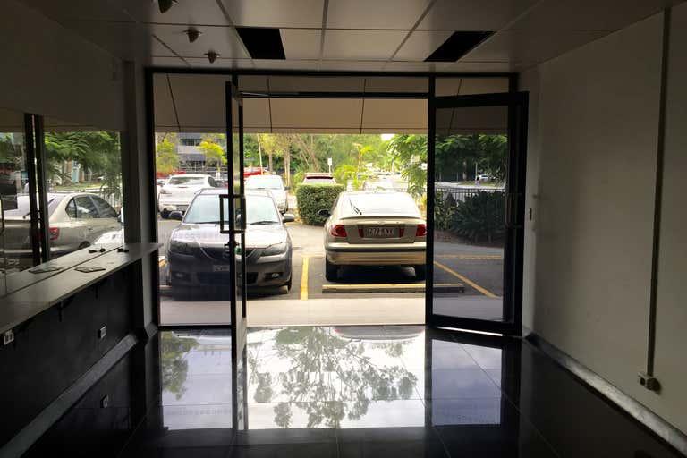 3/11 Karp Court Bundall QLD 4217 - Image 2