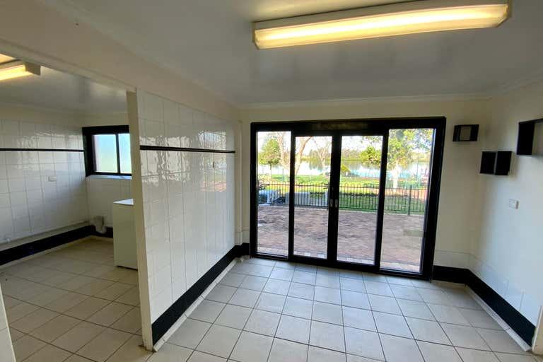 Shop 6, 208-210 Victoria Street Taree NSW 2430 - Image 3