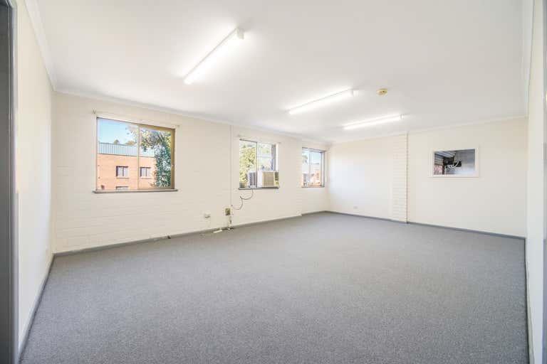1/32 Liney Avenue Clemton Park NSW 2206 - Image 4