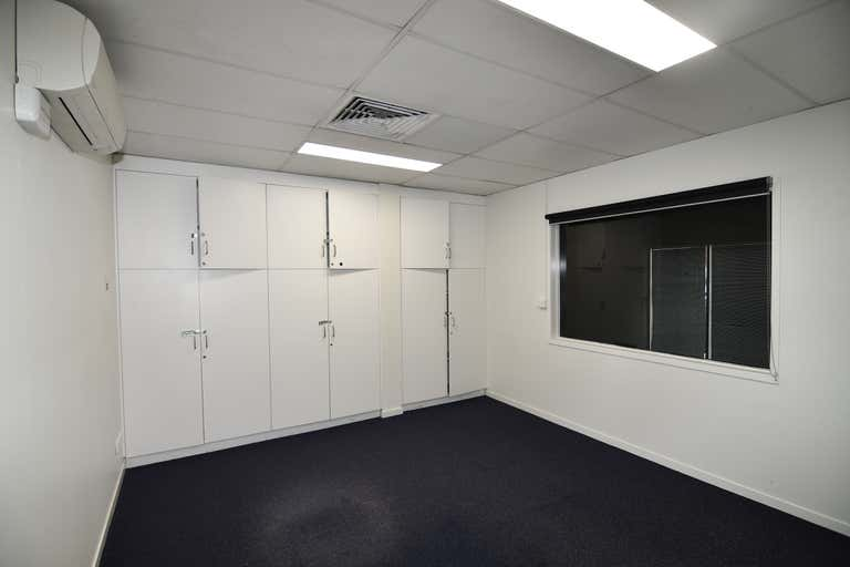 1/12-20 Cottell Street Hyde Park QLD 4812 - Image 4