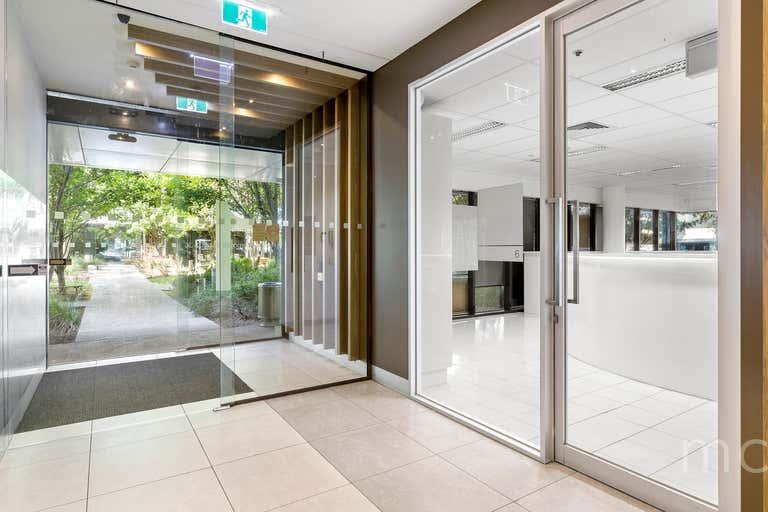 Suite 6, 574 Plummer Street Port Melbourne VIC 3207 - Image 2