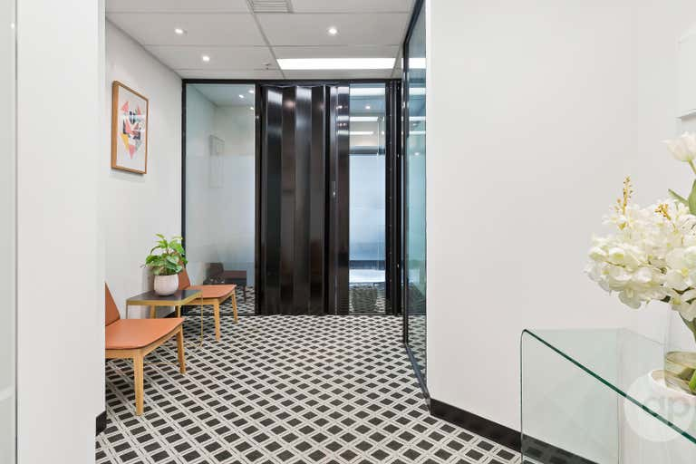 St Kilda Rd Towers, Suite 116, 1 Queens Road Melbourne VIC 3004 - Image 2