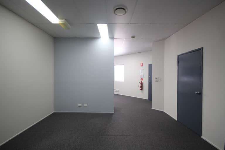 5/64 Siganto Drive Helensvale QLD 4212 - Image 4