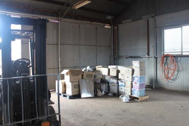 17 Commercial Road Mount Isa QLD 4825 - Image 4