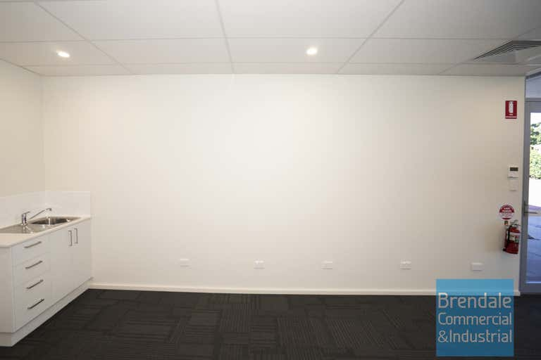 Unit 2, 520 Gympie Rd Strathpine QLD 4500 - Image 3
